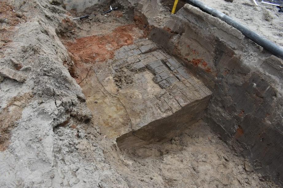 Middeleeuwse steenoven ontdekt bij aanleg nieuw riool op Rotsoord