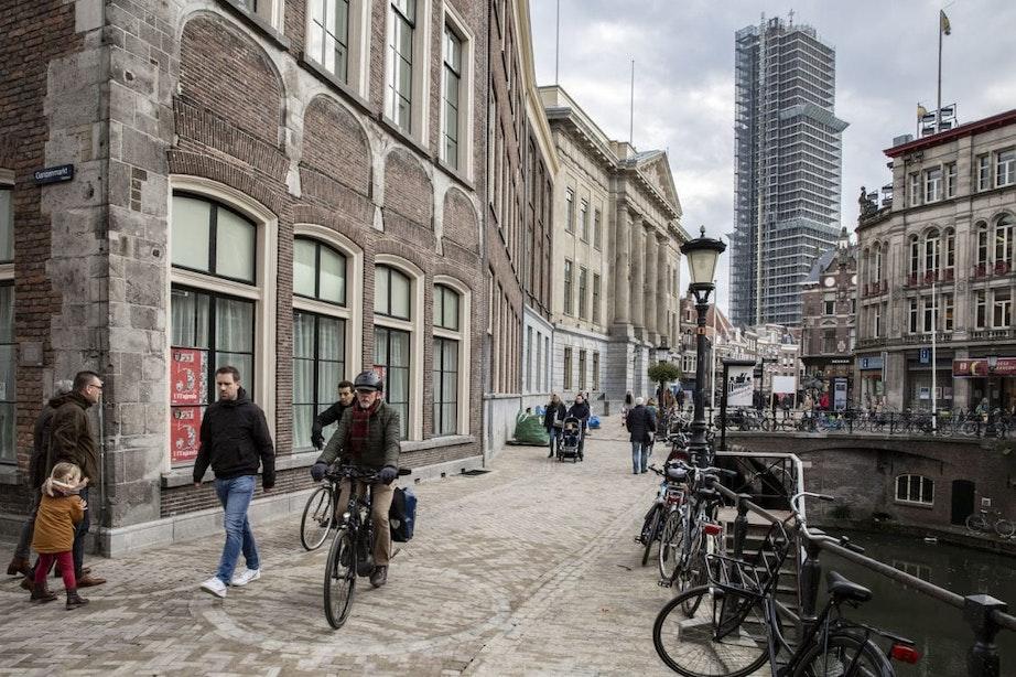 Utrecht krijgt flyerverbod in onder meer het centrum, stationsgebied en bij de parken