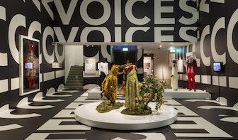 Erkenning voor modeontwerpers van kleur is de rode draad van tentoonstelling Voices of Fashion