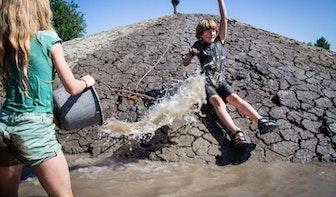 Natuurspeelplaats geopend in Haarzuilens: 'Hier spelen de natuurliefhebbers van morgen'