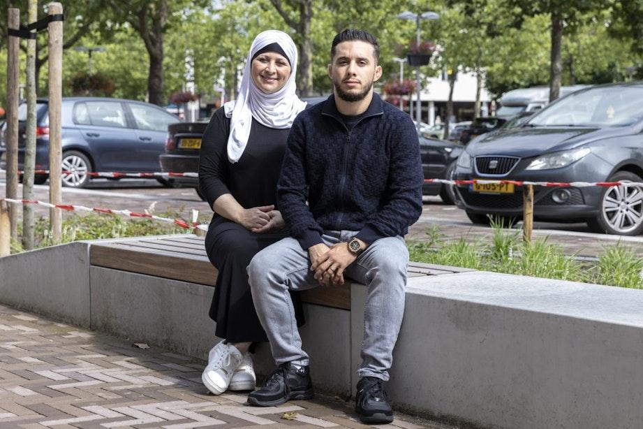 Adam Al Kandoussi opende met zijn moeder Jamna Ghoula een sportschool voor vrouwen in Overvecht