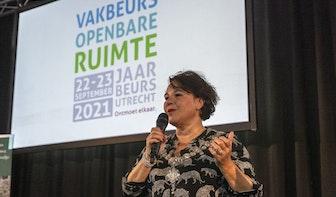 Burgemeester Dijksma opent eerste grote beurs in Utrechtse Jaarbeurs sinds begin corona