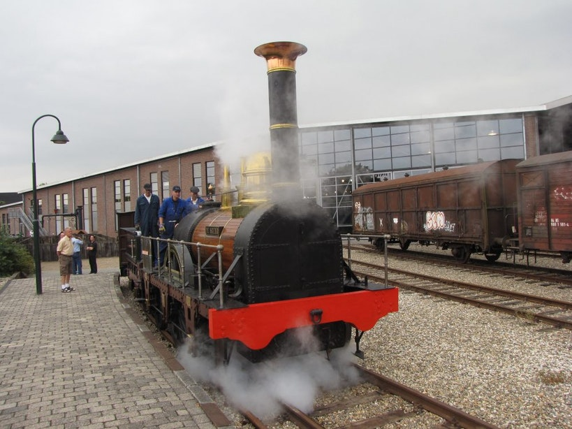 Stoomlocomotief de Arend tijdelijk weg uit Utrechts Spoorwegmuseum