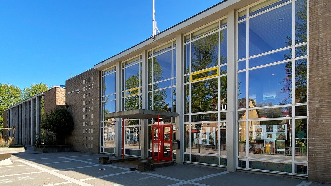 Open Monumentendag Utrecht: Primeur met jonge gidsen: Kohnstammschool