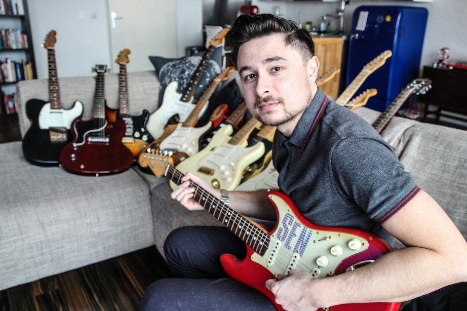 Mobiele gitaarschool 'De Gitaarfiets' komt thuis lesgeven in Utrecht