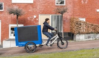 Monteurs in Utrecht op pad met nieuwste bakfiets; eentje met eigen zonnepanelen