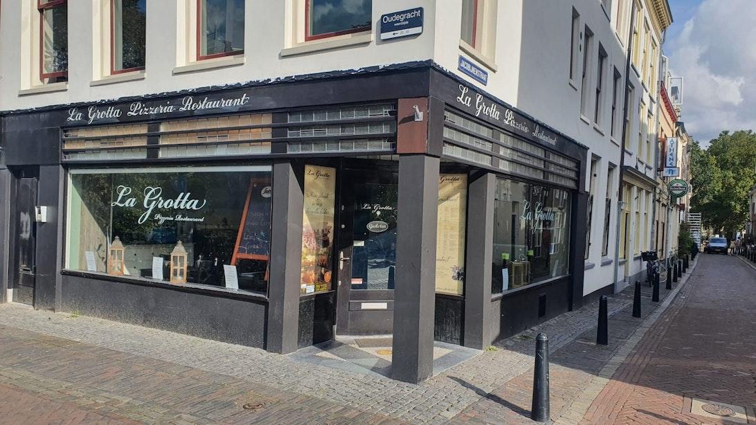 Grand Café Lekker Gezellig opent binnenkort in voormalig pand La Grotta aan Oudegracht