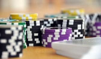 Utrecht controleert bedrijven: illegaal gokken, illegale bewoning en fraude met uitkeringen